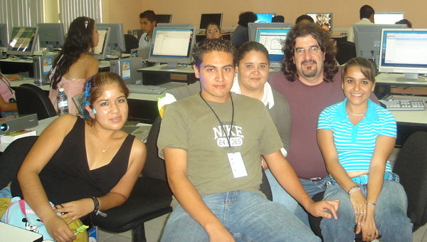Taller Zamora: Gina, Aaron, Gaby, Guille y Lupita